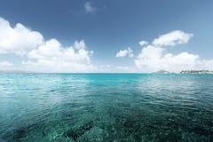 Ciel et océan parfaits photos stock