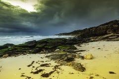 Ciel et vagues de l'océan Storm photos libres de droits