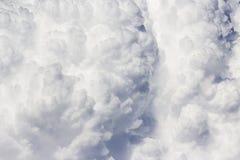 Ciel excessif avec des nuages Images libres de droits