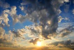 Ciel excessif de coucher du soleil Image stock