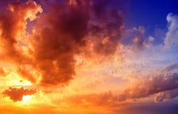 Ciel excessif de coucher du soleil Images libres de droits