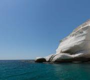 Ciel, mer et roche blanche Photo libre de droits