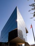 ciel moderne de construction bleue Image stock
