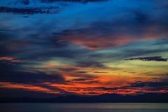 Coucher du soleil en île 3 de Seraya Photos stock