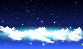 Ciel nocturne étoilé nuageux Photos stock