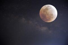 Ciel nocturne avec la pleine lune Photos stock