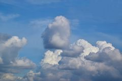 Ciel 0003 nuageux Photos stock