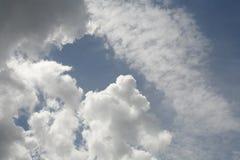 Ciel nuageux image stock