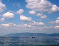 ciel nuageux léger photo stock