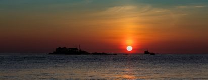 Ciel orange Vietnam de lever de soleil Image stock
