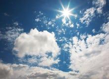 Ciel solaire bleu Photographie stock libre de droits