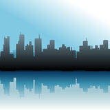 Ciel urbain de mer d'horizon de constructions de ville Photo stock