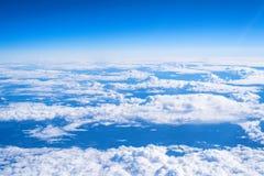 Ciel vu de l'avion Images stock