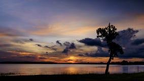 Cieli drammatici nel tramonto Immagini Stock