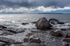 Cieli tempestosi sopra il lago Superiore fotografia stock