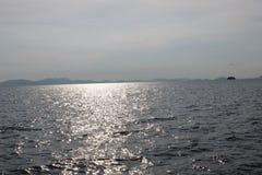 Cielo agradable con el lago Foto de archivo libre de regalías