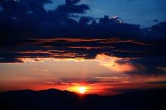 Cielo anaranjado y azul Fotografía de archivo