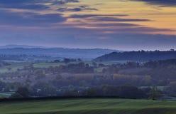 Cielo autunnale di alba sopra la campagna britannica Fotografia Stock Libera da Diritti
