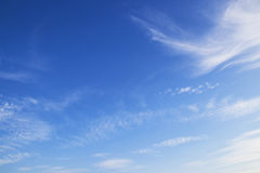 Cielo azul con la nube Fotografía de archivo libre de regalías