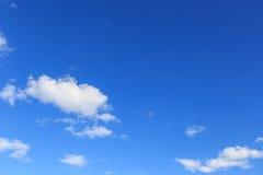 Cielo azul Imágenes de archivo libres de regalías