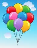 Cielo azul con los globos 1 de la historieta Imagen de archivo libre de regalías
