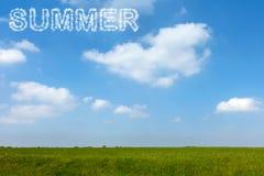 Cielo azul del verano con el texto de la nube Foto de archivo libre de regalías