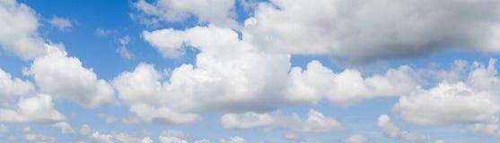 Cielo azul maravilloso Imágenes de archivo libres de regalías