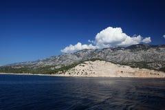 Cielo azul y mar Foto de archivo libre de regalías