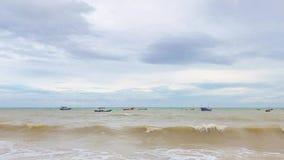 Cielo azul y mar ancho metrajes