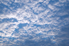 Cielo azul y nube Foto de archivo