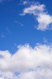 Cielo azul y nubes #2 foto de archivo