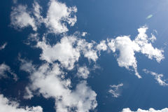 Cielo azul y nubes Fotografía de archivo