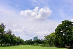 Cielo blu bianco del clouds&bright Fotografia Stock Libera da Diritti