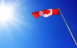 Cielo blu canadese della bandiera Fotografia Stock Libera da Diritti