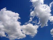 Cielo blu con le nubi Fotografie Stock