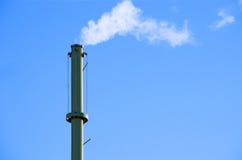 Cielo blu del fumaiolo Fotografia Stock Libera da Diritti