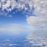 Cielo blu e mare Fotografia Stock