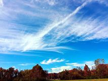 Cielo blu luminoso Fotografia Stock