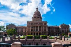 Cielo blu sotterraneo di colore del cerchio di Texas Capital Building Fotografie Stock