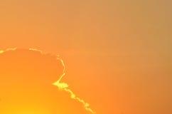 Cielo colorido en la puesta del sol Imagen de archivo