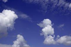 Cielo con las nubes Fotos de archivo