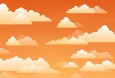 Cielo con las nubes en una puesta del sol Imagenes de archivo