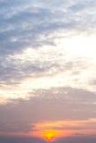 Cielo con le nuvole nella sera Fotografia Stock Libera da Diritti