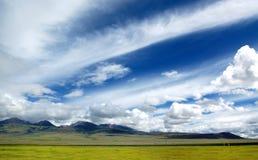 Cielo de la meseta de Tíbet Foto de archivo libre de regalías