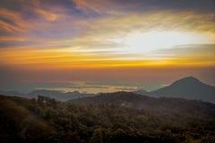Cielo de la salida del sol Fotos de archivo libres de regalías