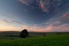 Cielo de la tarde sobre Northumberland Reino Unido imagen de archivo libre de regalías