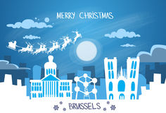 Cielo de Santa Claus Sleigh Reindeer Fly Belgium Foto de archivo libre de regalías