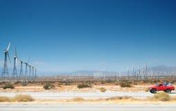 Cielo del deserto di energia eolica fotografia stock