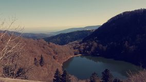 Cielo del paesaggio della montagna del lago bello Fotografia Stock