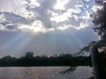 Cielo del rayo solar Foto de archivo libre de regalías